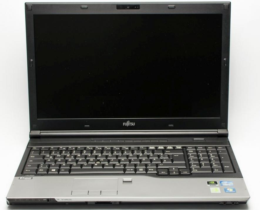 "Mobile Workstation Fujitsu H720 15.6"" FHD 1920x1080, i7-3720QM, 8GB, 512GB, K1000M, Cam, Win 10"