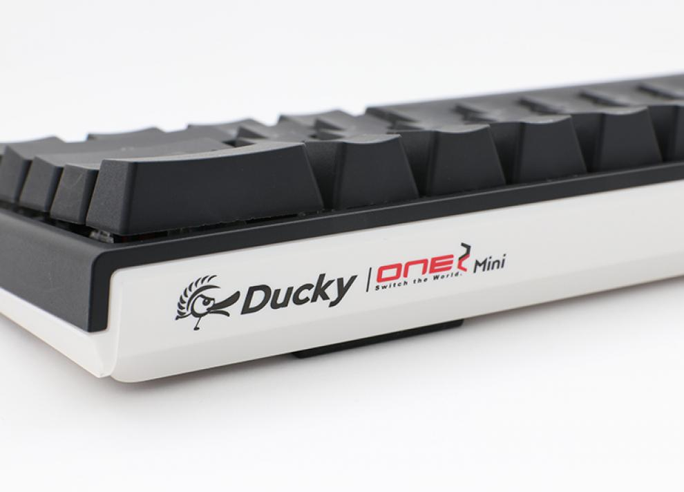 Геймърскa механична клавиатура Ducky One 2 Mini V2 RGB, Kailh BOX Brown | 2061-KUSPDAZTK